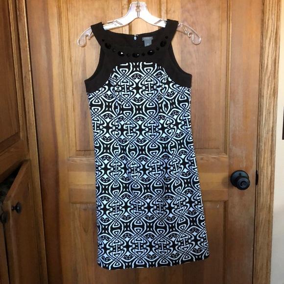 Ann Taylor Dresses & Skirts - Ann Taylor brown & White tank dress. 4P
